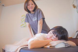 久美子 和美 施術.jpg